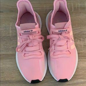 Never worn Adidas U Path pink size 7.5